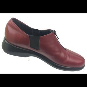 Munro Womens Red Leather Loafers Shoes Size 7.5 N
